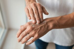 Do topical (rub on) pain medicines work?